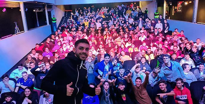 DJMaRiio en uno de sus shows en DDXperience Elche.